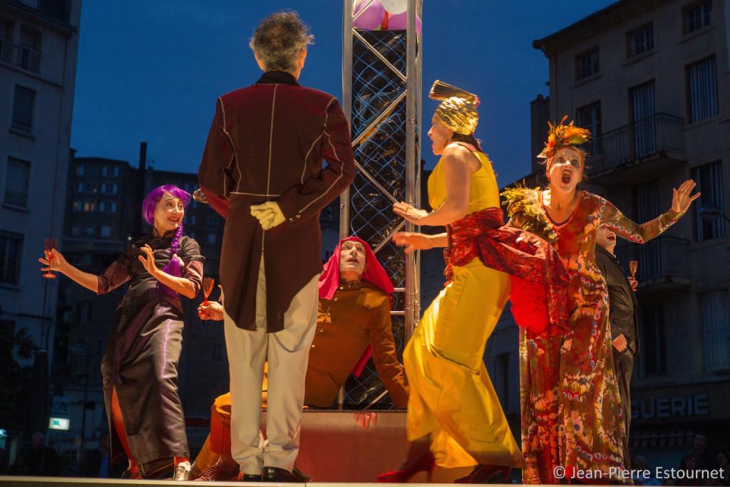 Naufrage, un spectacle de Barthélémy Bompard, compagnie Kumulus, création 2015.