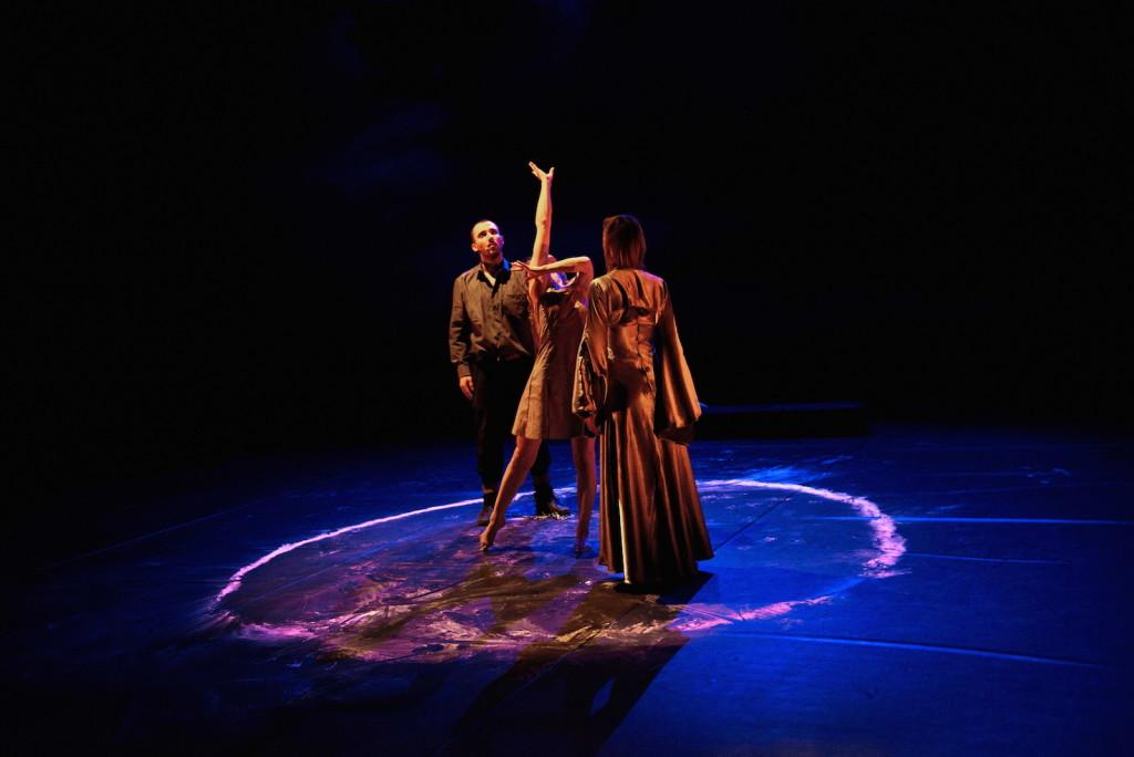 L'Oubli des anges, mise en scène par André Pignat, chorégraphie de Géraldine Lonfat